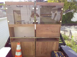Large book shelf for Sale in Columbus, OH