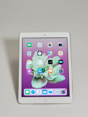 """IPAD AIR 1 GENERATION 16GB SILVER 9.7"""" WI-FI ONLY for Sale in Takoma Park, MD"""