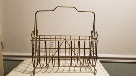 Magazine Rack / Holder (Gold/bronze) for Sale in Long Beach, CA