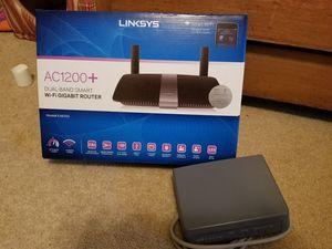 Linksys wireless router for Sale in Birmingham, IA
