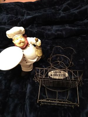Kitchen decorations chef and rack sold together for Sale in Archdale, NC