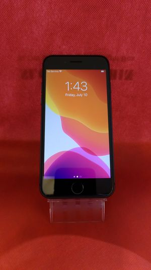 iPhone 8 64GB FACTORY UNLOCKED for Sale in Portland, OR
