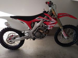 2012 CRF 250R Fuel injected $4000 OBO for Sale in Murrieta, CA