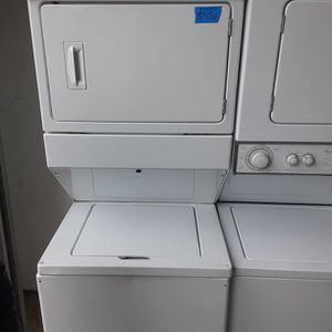 Whirlpool electric Set Stackable for Sale in Modesto, CA