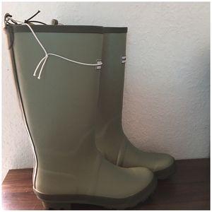 Smith & Hawken womens tall Rain boots for Sale in Hialeah, FL