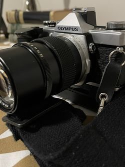 Olympus OM-1 Camera And Olympus 135mm Lens for Sale in Scottsdale,  AZ