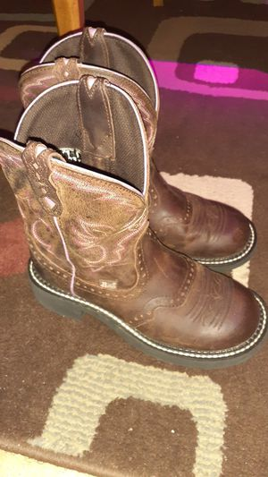 Justin Gypsy boots sz 6 women for Sale in Paragould, AR