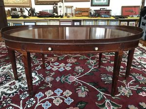 Antique Mersman Mahogany Oval Coffee Table for Sale in Blue Bell, PA