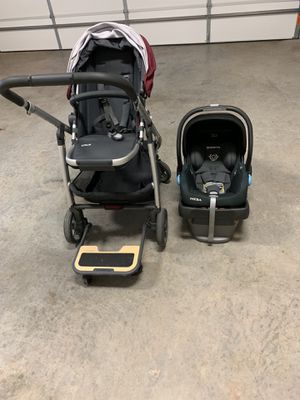 Uppababy Car seat and Stroller for Sale in Springdale, AR