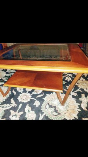 Nice coffee table for Sale in Lacey, WA