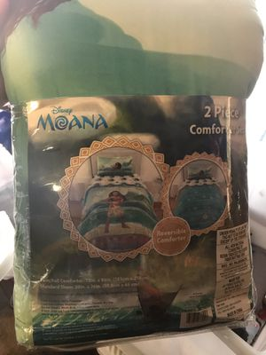Moana comforter twin/full for Sale in Houston, TX