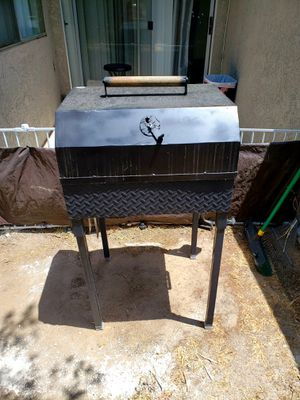 Custom Charcoal Moble Bbq, Heavy Duty for Sale in Fresno, CA
