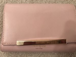 Kate Spade Wallet for Sale in Avon, OH