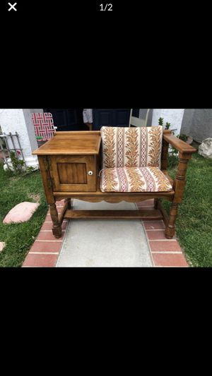 Vintage chair for Sale in Lake Forest, CA