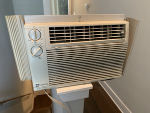 Window AC air conditioner unit for Sale in Philadelphia, PA