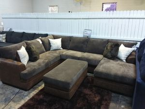 LARGE PLUSH XL CHOCOLATE SECTIONAL SOFA for Sale in Mansfield, TX