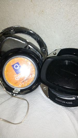 5.25 Quantum Audio pair of speakers for Sale in Fresno, CA