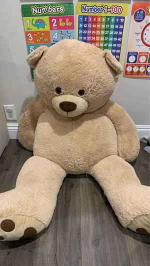 Large teddy bear for Sale in Whittier, CA