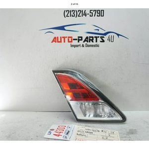 2009 2013 MAZDA 6 LEFT DRIVER INNER TAIL LIGHT OEM 2010 2011 2012 UF44303 for Sale in Compton, CA