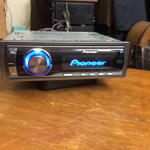 Pioneer DEH-P5900iB Cd Car Stereo w/ Bt Adapter. Stream All Fav. Music Via Bluetooth With Any Android Or iPhone Device for Sale in Torrance, CA
