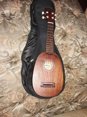 Masala ukulele / Bag for Sale in Tacoma, WA