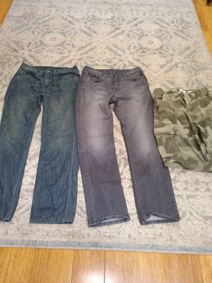Mens Levi's and Cargo Shorts 31/30 for Sale in Lake Stevens, WA