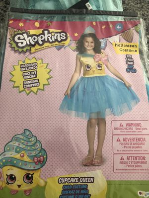 Girls costume for Sale in Clayton, DE