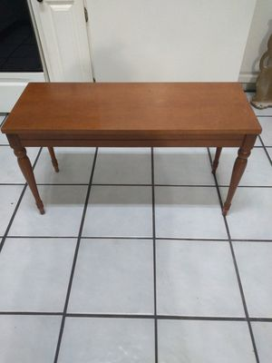 Piano bench for Sale in Baytown, TX