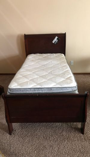 Twin mattress and bed frame for Sale in Saint Paul, MN