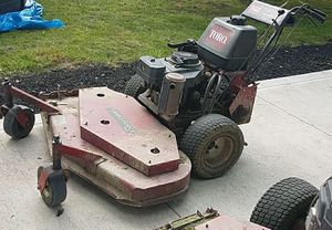 lawn mower for Sale in Cleveland Heights, OH