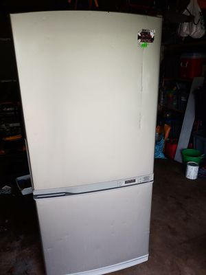 Refrigerator for Sale in Crystal Lake, IL