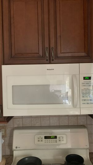 Microwave oven for Sale in Freehold, NJ