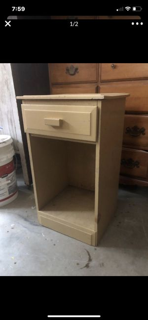 Nite stand for Sale in Clayton, NC