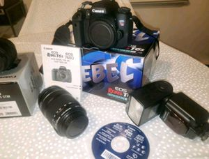 Canon T6S + lens & flash for Sale in Montebello, NY