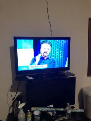 Tv 32 inch for Sale in Keller, TX