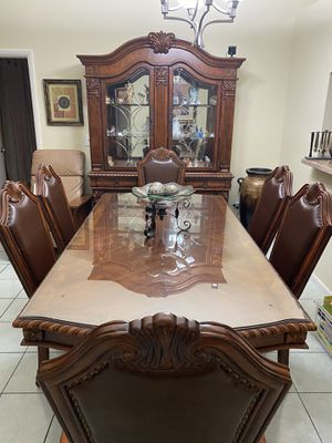 Dining Table, China, and Decorative Table set for Sale in Glendale, AZ