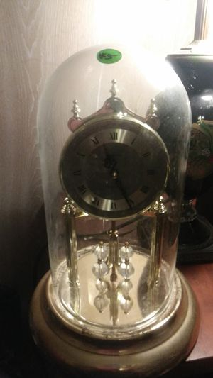Concordia clock with glass cover for Sale in Colmesneil, TX