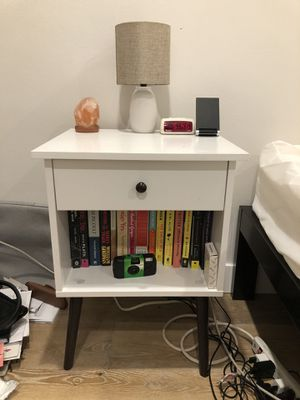 White Nightstand for Sale in Los Angeles, CA