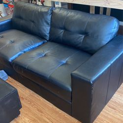 Black Leather Sofa for Sale in Aurora,  CO
