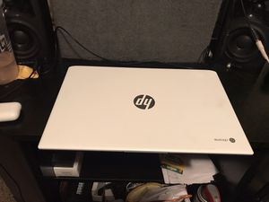 HP chromebook TOUCH SCREEN (super fast like brand new) for Sale in Green Cove Springs, FL
