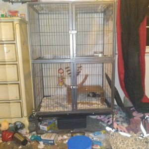 Cage For Rats Or Birds for Sale in La Puente, CA