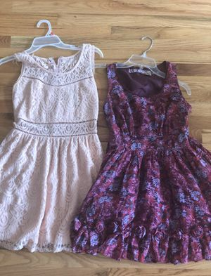 Junior dresses size small for Sale in Edgewood, WA