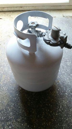 Propane Tank w/ regulator for Sale in Watertown, TN