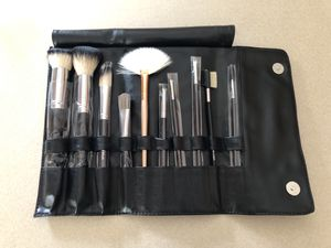 Makeup brush set with case for Sale in Hillsboro, OR