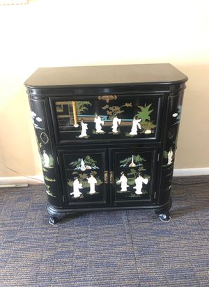 Vintage Black Laquered Chinese Bar with mother of pearl Ornaments. for Sale in Miami, FL