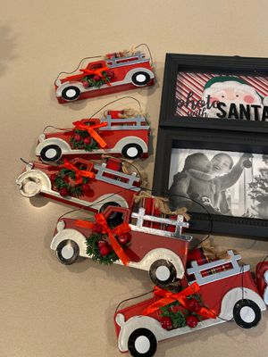 Holiday picture frame and ornaments for Sale in Rancho Santa Margarita, CA
