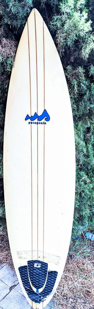 """6'8"""" patagonia Surfboard with bag leash and fins for Sale in Los Angeles, CA"""