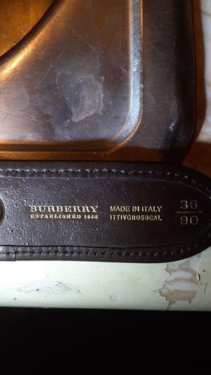 Burberry belt (used) Size 36/90 for Sale in Phoenix, AZ