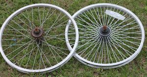 "20"" / 24"" front and rear and 26"" front bike wheels, shocks for Sale in Kissimmee, FL"