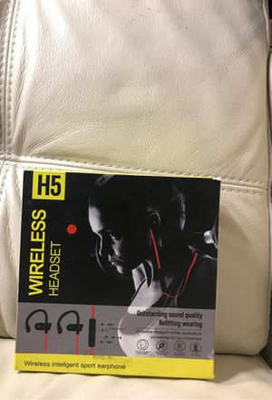H5 wireless headset for sport for Sale in Boca Raton, FL